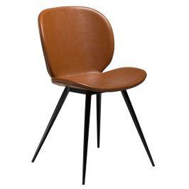 DAN-FORM Světle hnědá vintage čalouněná židle DanForm Cloud