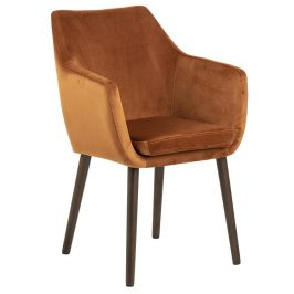 SCANDI Koňakově hnědá sametová židle Marte s područkami
