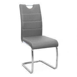Jídelní židle potažená světle šedou ekokůží se zdobným prošitím na opěradle a chromovou moderně tvarovanou podstavou TK182